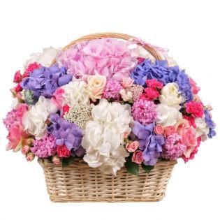 Цветы в корзинке «Цветочный бульвар»